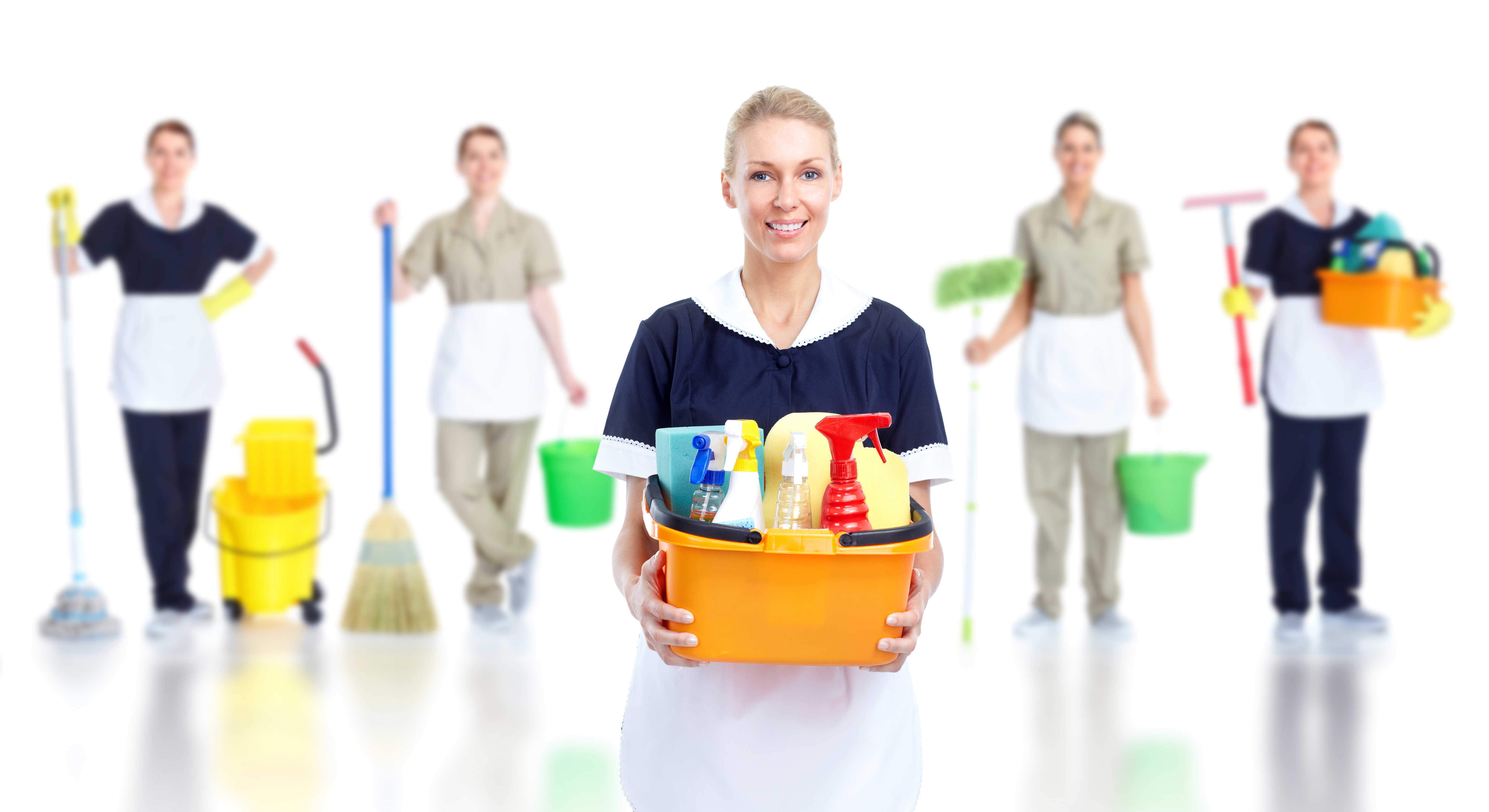 Group Cleaning Services : Professional cleaners